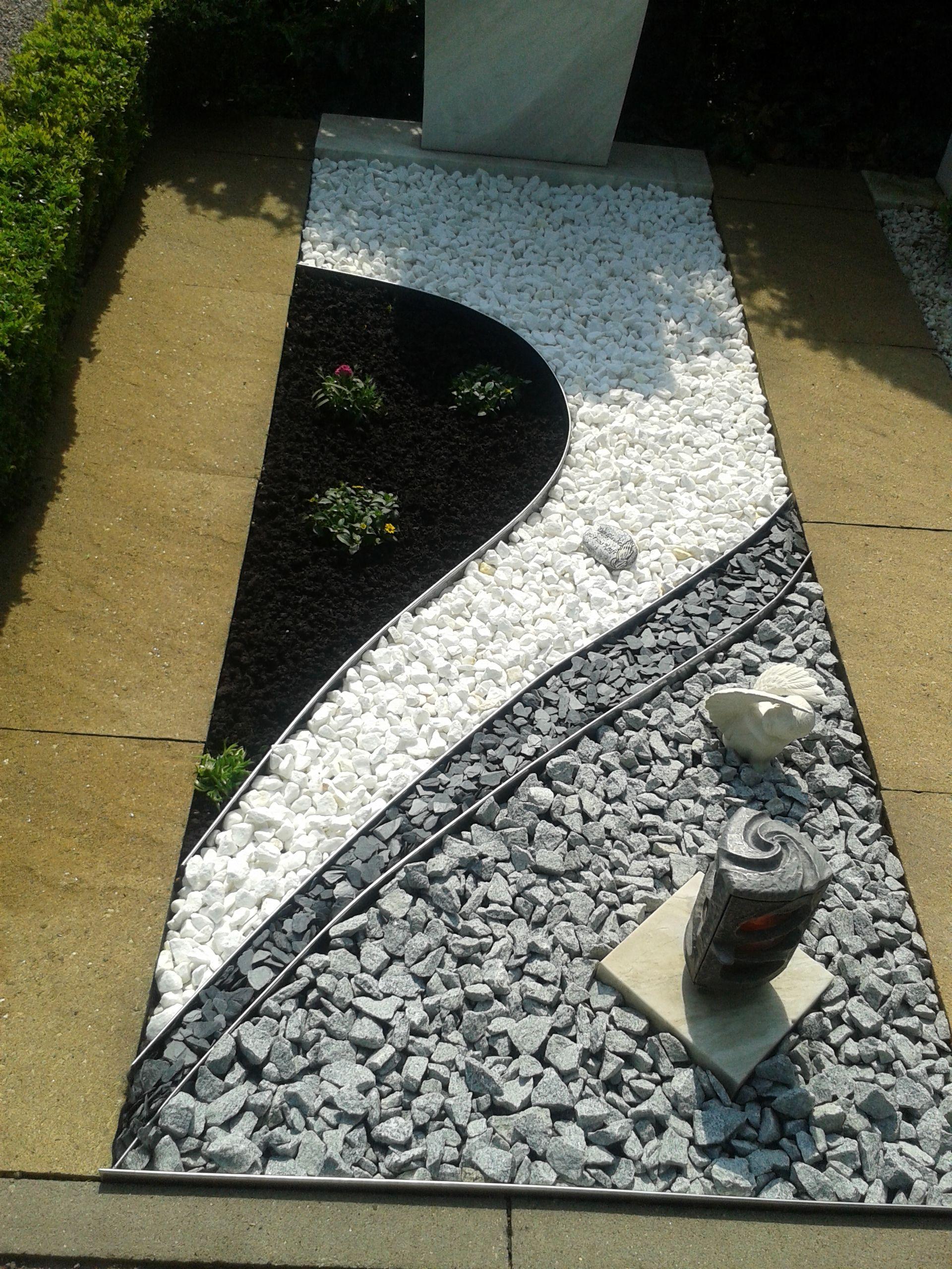 Grab gestalten gr ber gestalten pinterest garten for Grabgestaltung mit steinen