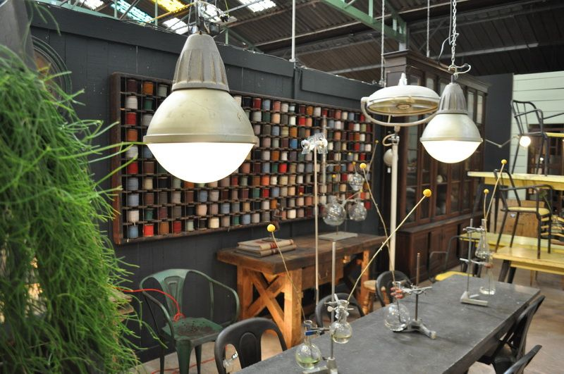 Pair of industrial holophane lanterns espace nord ouest www espacenordouest com industrial lighting pinterest