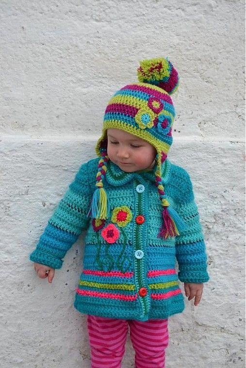 Chorrilho de ideias  Casaco e gorro turquesa de inverno menina em croch. cea413d32ea