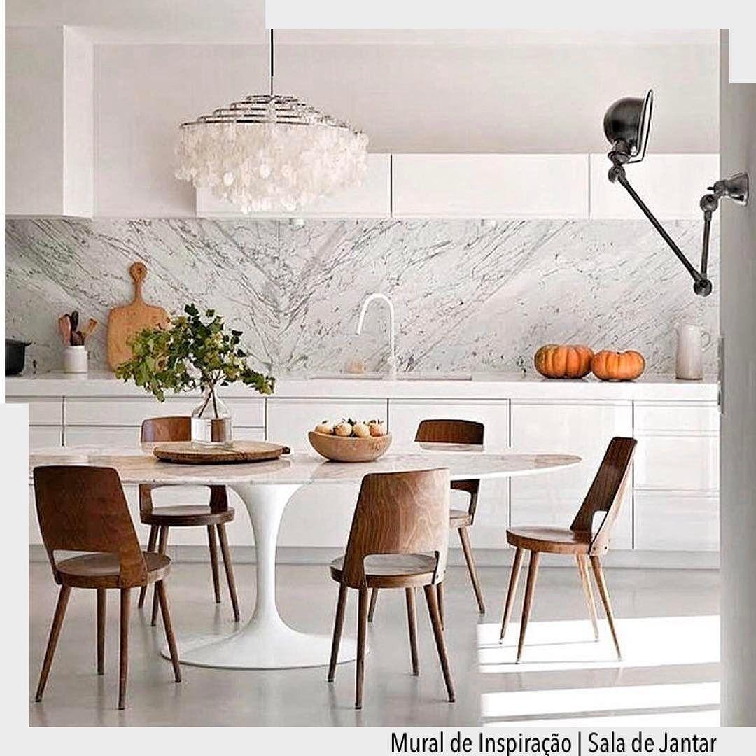 A Bancada Em M Rmore Carrara Valorizou A Cozinha Integrada Com A  -> Sala De Jantar Pequena Com Mesa De Marmore