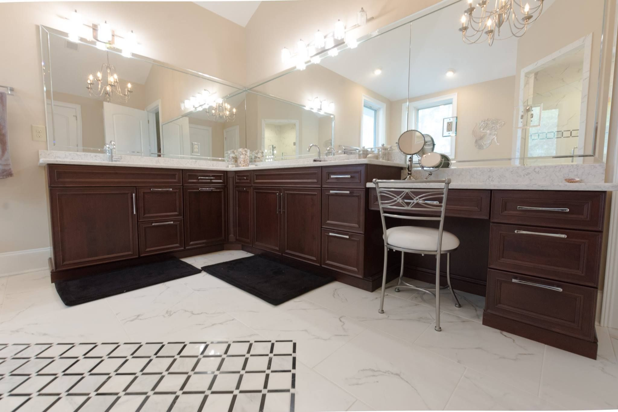 Rich Woodmode Cabinets For A Cozy Bathroom Remodel Bathrooms Bathroomspaces Bathroomremodel Browncabinets Cozy Bathroom Brown Cabinets Bathrooms Remodel