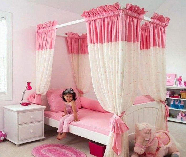 Delicieux Bedroom Beautiful Pink And White House Bed For Girls Room Can Add The  Beauty Inside The
