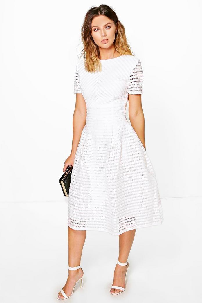 Boutique Full Skirted Prom Midi Dress Boohoo In 2020 White Dresses Graduation Prom Midi Dress Dresses