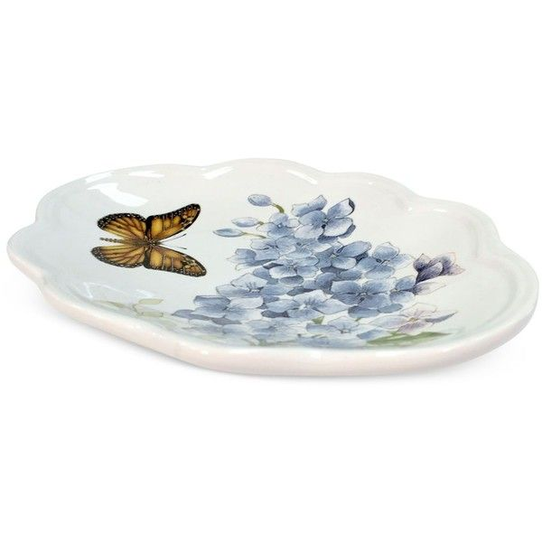 Lenox Blue Floral Garden Soap Dish (55 BRL) ❤ liked on Polyvore featuring home, bed & bath, bath, bath accessories, white, lenox bath accessories, blue soap dish, blue bath accessories, white bathroom accessories and lenox