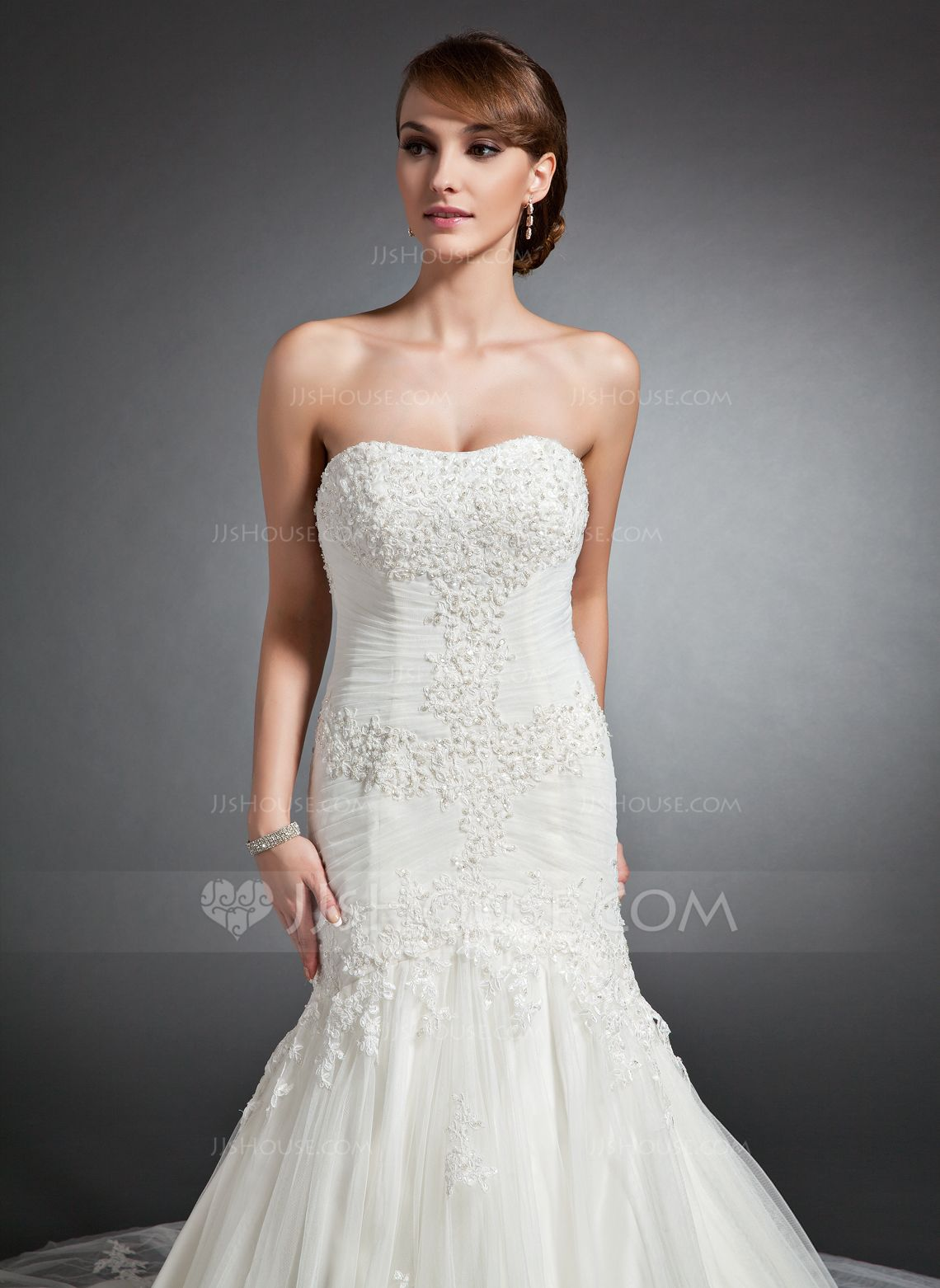 Trumpetmermaid sweetheart cathedral train tulle wedding dress with
