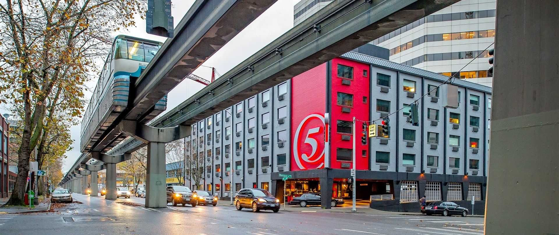 Hotel Five Is A Boutique Located In The Heart Of Downtown Seattle Wa Walk To Pike Place Market Or E Needle
