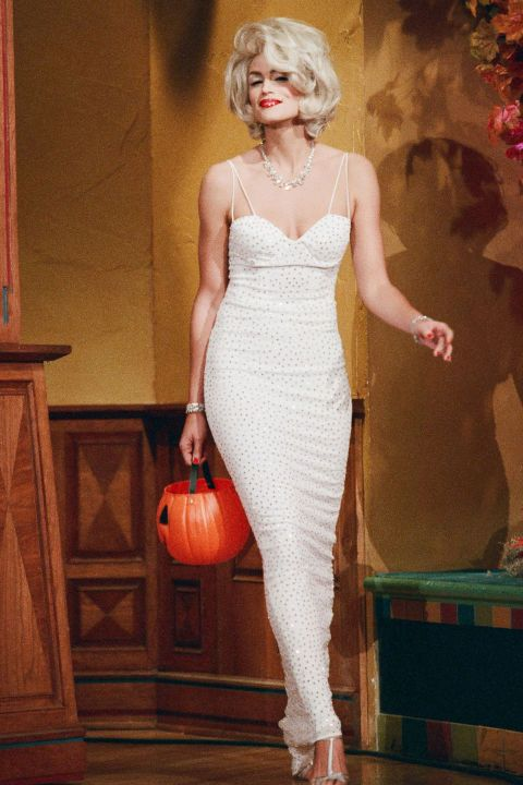Cindy Crawford as Marilyn Monroe in 1996  sc 1 st  Pinterest & The 55 Most Epic Celebrity Halloween Costumes Ever | Cindy crawford ...