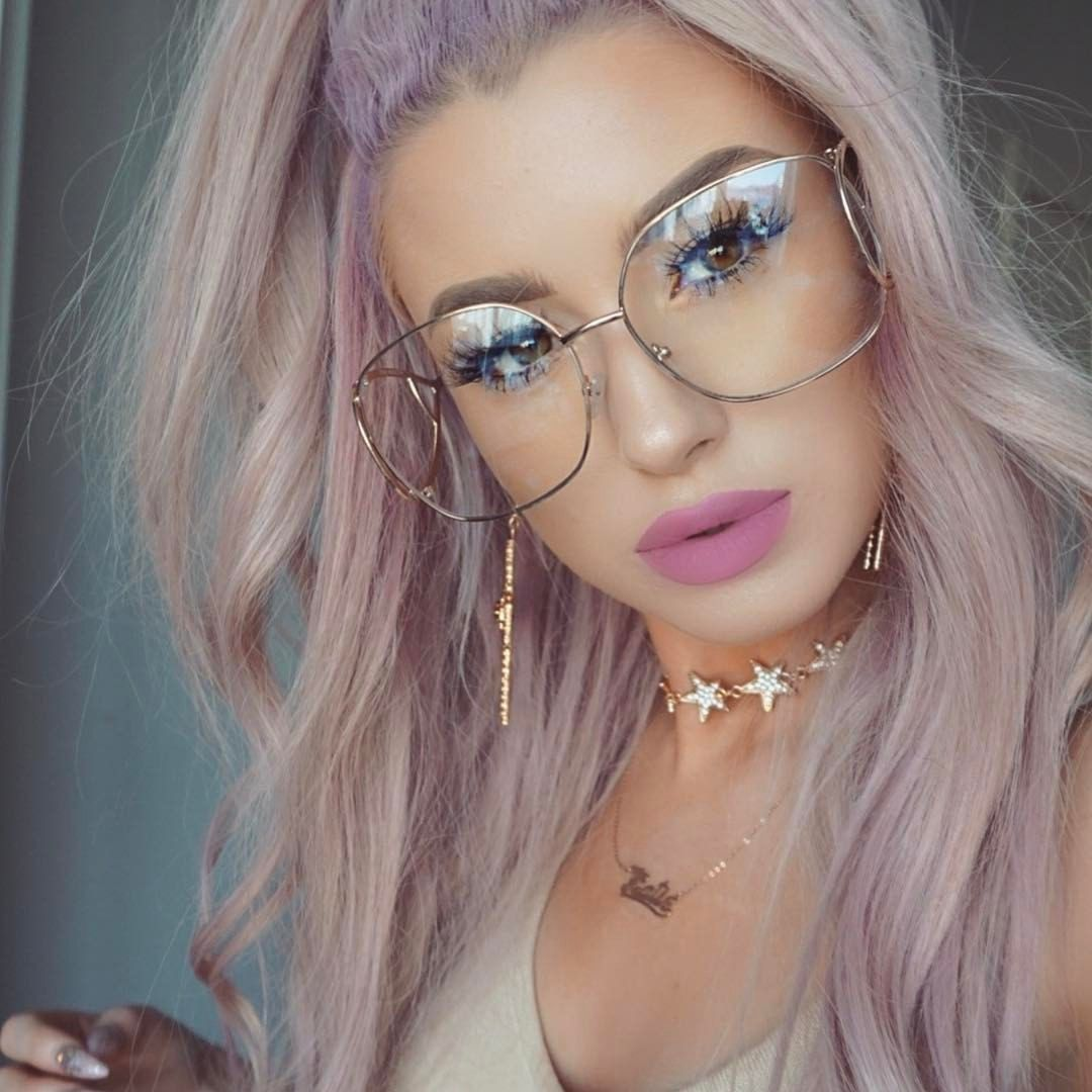 "Páči sa mi to: 4,526, komentáre: 31 – Katie Mulcahy (@lolaliner) na Instagrame: ""Lips 