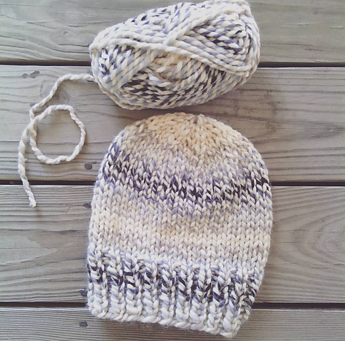 742ff45ce Make this simple knit hat with Wool-Ease Thick   Quick! Free pattern ...