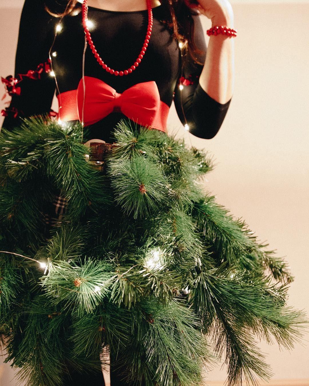 20+ Christmas Tree DIY Costume in 2020 | Christmas tree ...