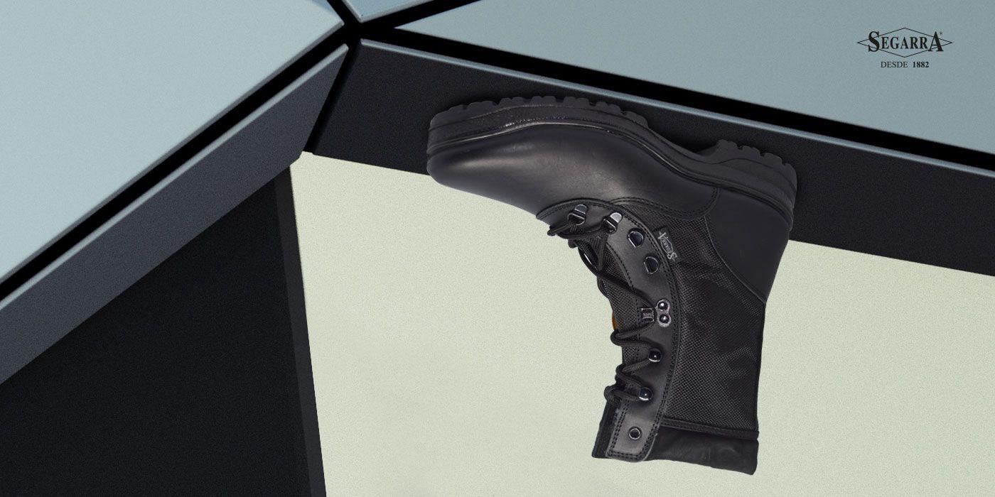 9a88a6b6 La marca que fabrica las mejores botas tácticas del mercado. Calzados  Segarra #militar #