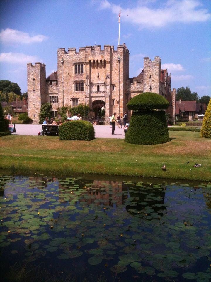 Hever Castle - The Boleyn family home!