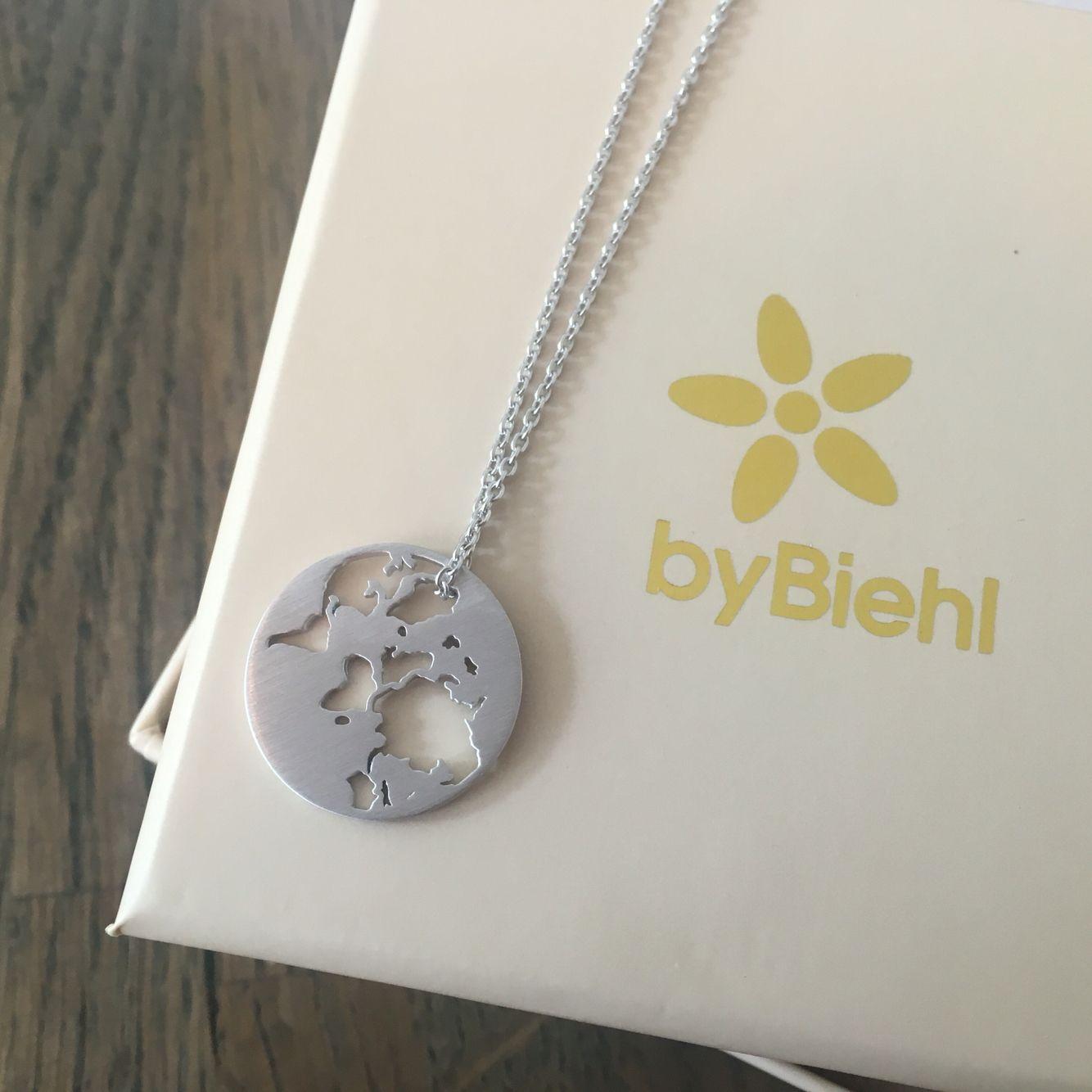 Frisk byBiehl Beautiful World necklace | Nice | Smykker, Sølv smykker og ZJ-13