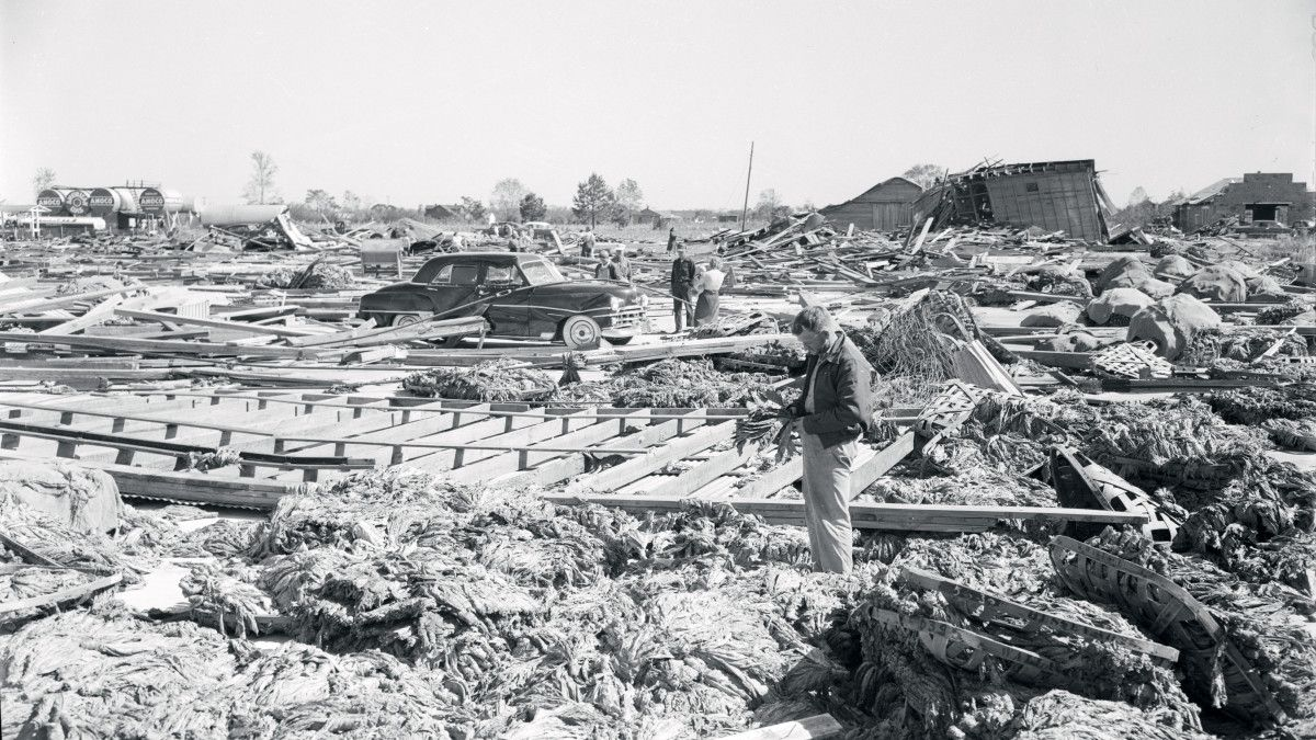 A Category 4 Hurricane Slammed The Carolinas In 1954 And Left A Surprising Legacy Fortunately Most Vacationers Had Left Hurricane Hazel Myrtle Beach Hurricane