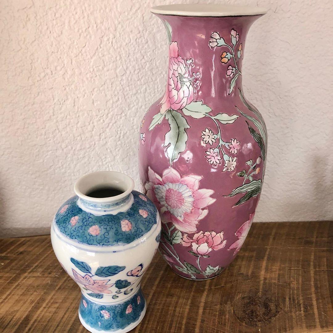 Pastel duo giving me spring vibes See shop for details. #vintagehome #vintage #vintagedecor #vintagestyle... added to Google Drive