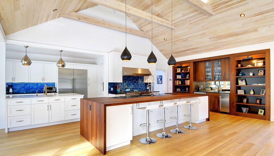 Smith Smith Kitchens: CRYSTAL CHOICE DESIGN Designed By: Scott Smith Smith River