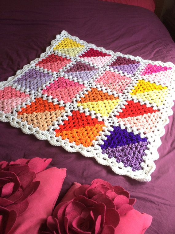 Summer Geometric Granny Square Crochet Throw   Cuadrados, Abuelas y ...