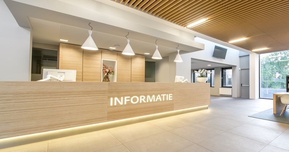 Information Desk Design plexwood savills hq reception area feature wall information area