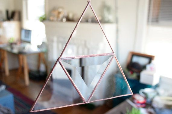 Hanging Pyramid Suncatcher von megamyers auf Etsy, $30.00
