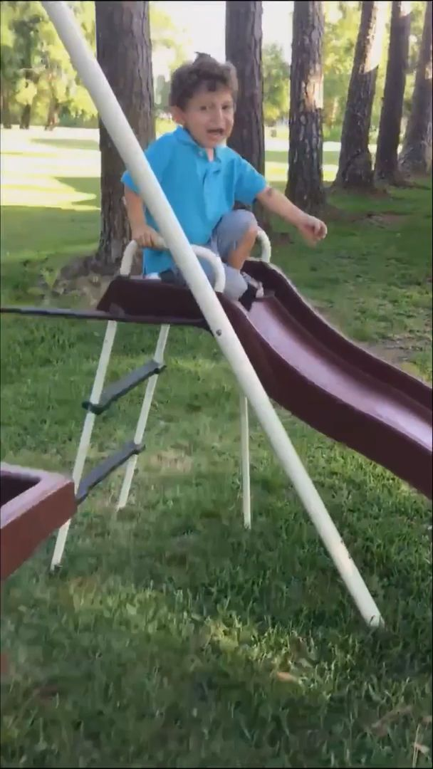 New Funny Kids  It's Just A Frog #funny #gifs #funnygifs #frogs #kids 1