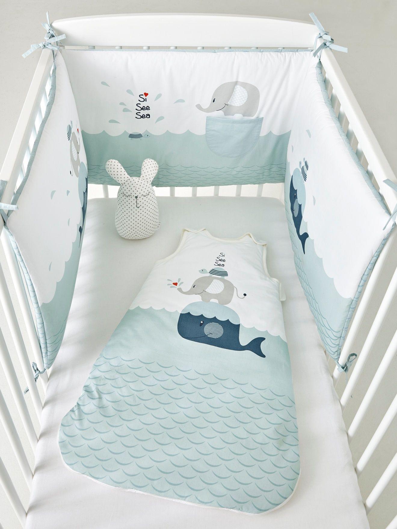 Entouré de ce charmant tour de lit, bébé fera de jolis dodos bien en ...