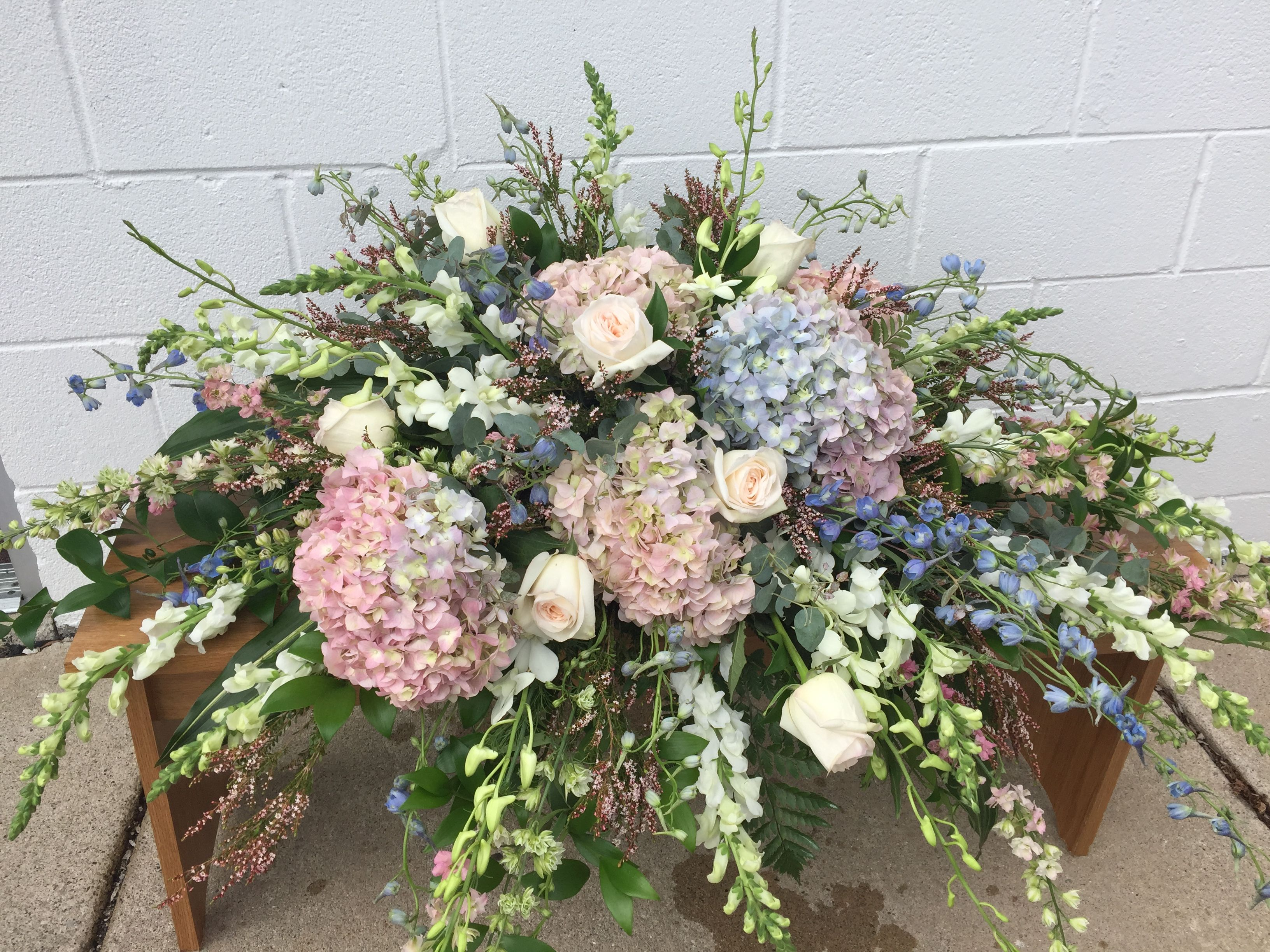 I Think This Is The Most Beautiful Spring Hydrangea Casket Spray Hydrangea Flower Arrangements Funeral Flower Arrangements Funeral Spray Flowers