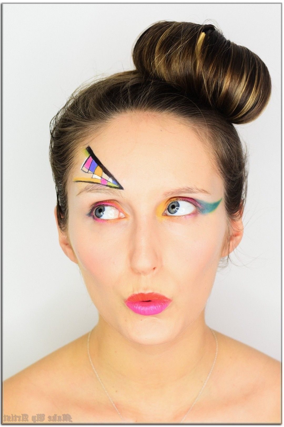 15 Creative Ways You Can Improve Your Make Up Artist