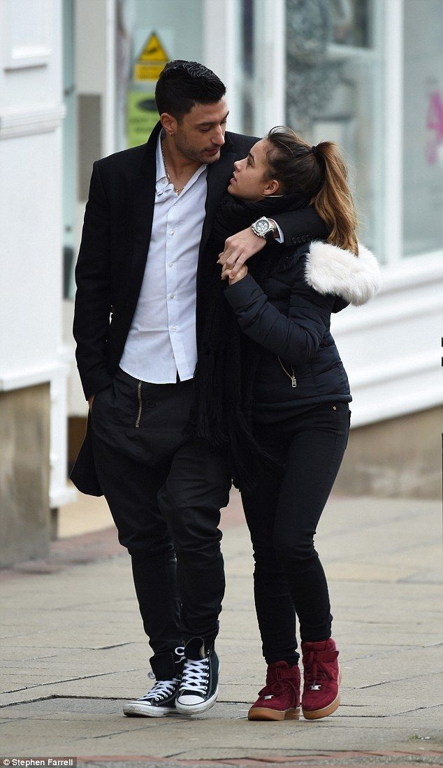 Georgia May Foote and Giovanni Pernice enjoy a tender ...