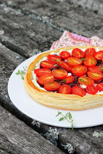 Pata porisee: Tomaatti-vuohenjuustopiirakka