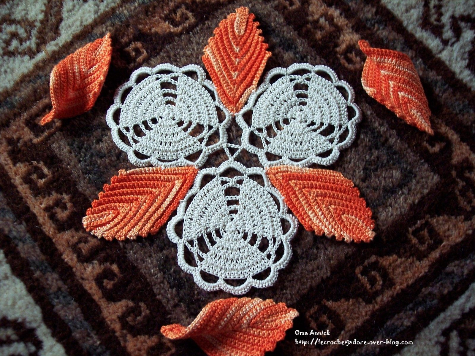 trio de fleurs et feuilles d'automne au crochet   crochet