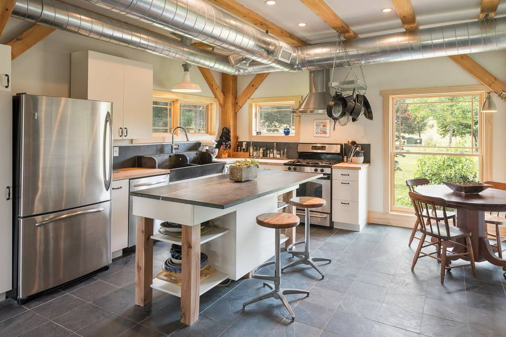 Check out this awesome listing on Airbnb Modern Farmhouse