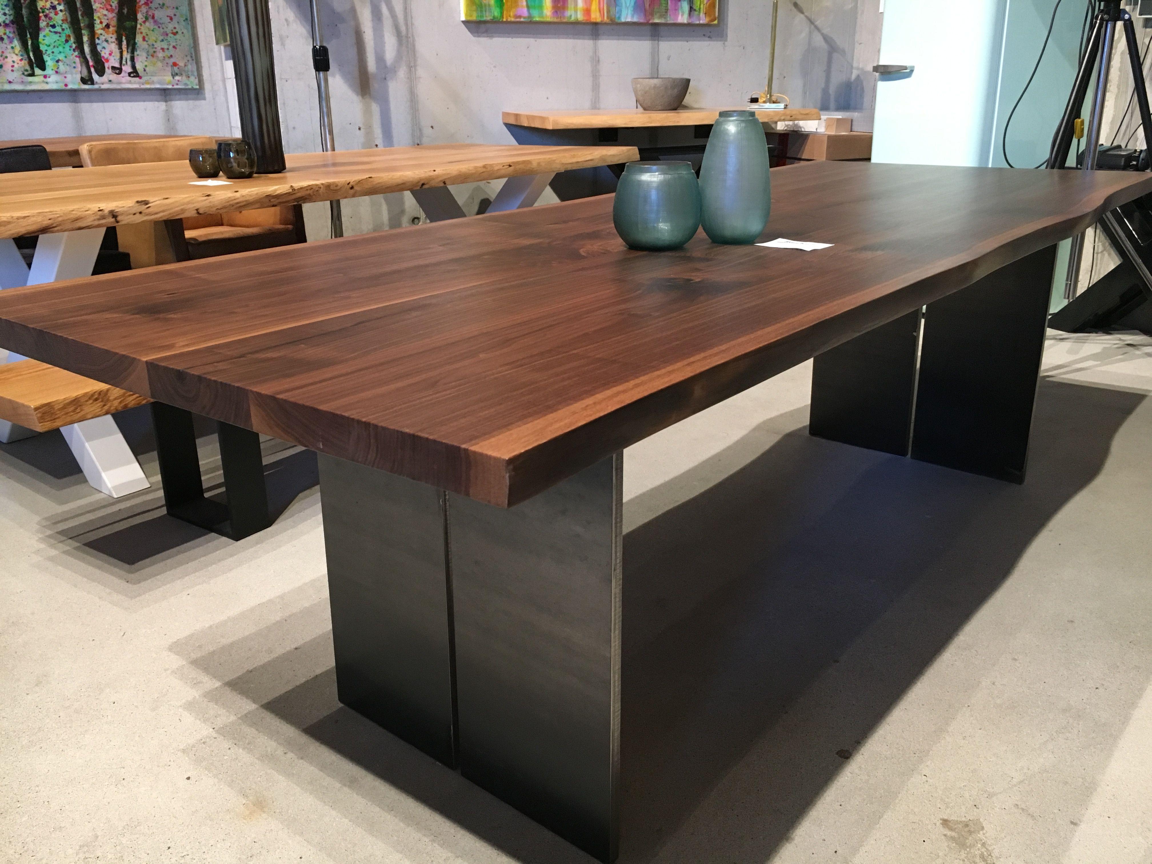 Esstisch aus Nussbaum / in jeder Größe Massivholztisch Holztisch ...