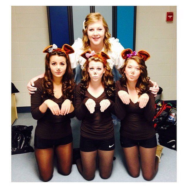 goldilocks and the three bears gather up four people and relive this fairy tale for - Halloween Costumes Three Girls