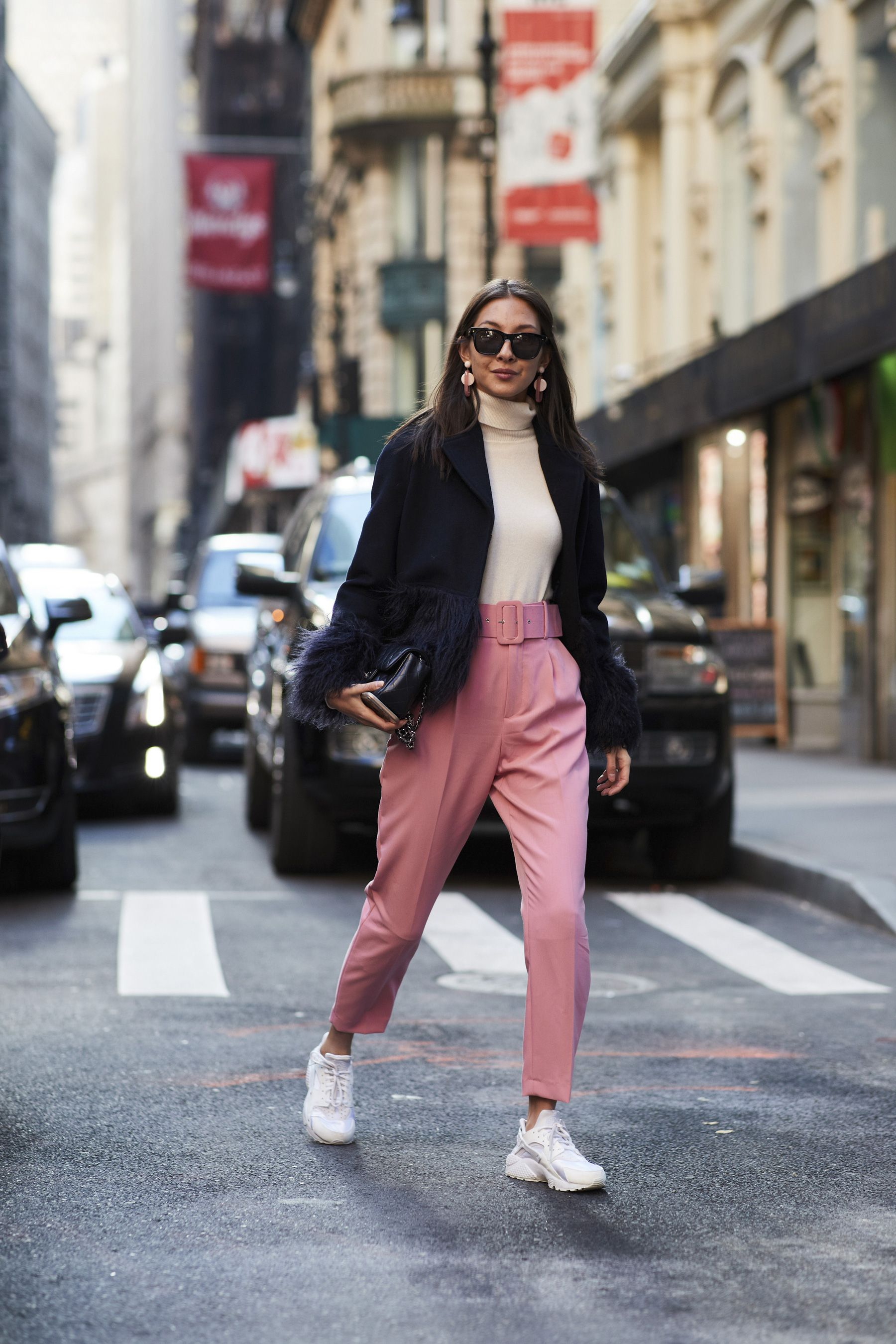 reputable site 4ff5d 465a4 New York Fashion Week Street Style Fall 2018 Day 1 Cont.