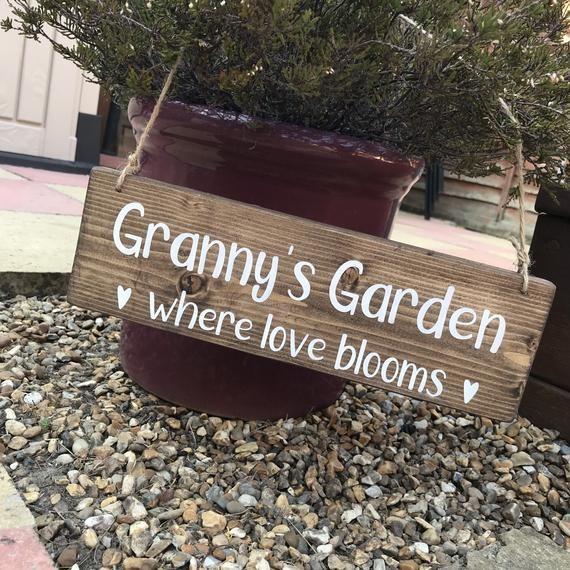 Granny's garden sign, outdoor garden sign, personalised garden plaque, gift for grandparents, Love