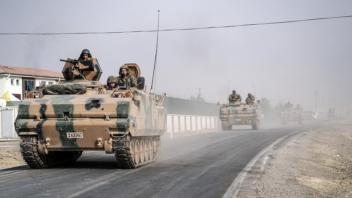Türkei weitet Offensive aus: IS-Kämpfer flohen zu Hunderten vor Türken