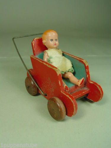 Z605-Puppenstubenwagen-Puppenstube-um-1950