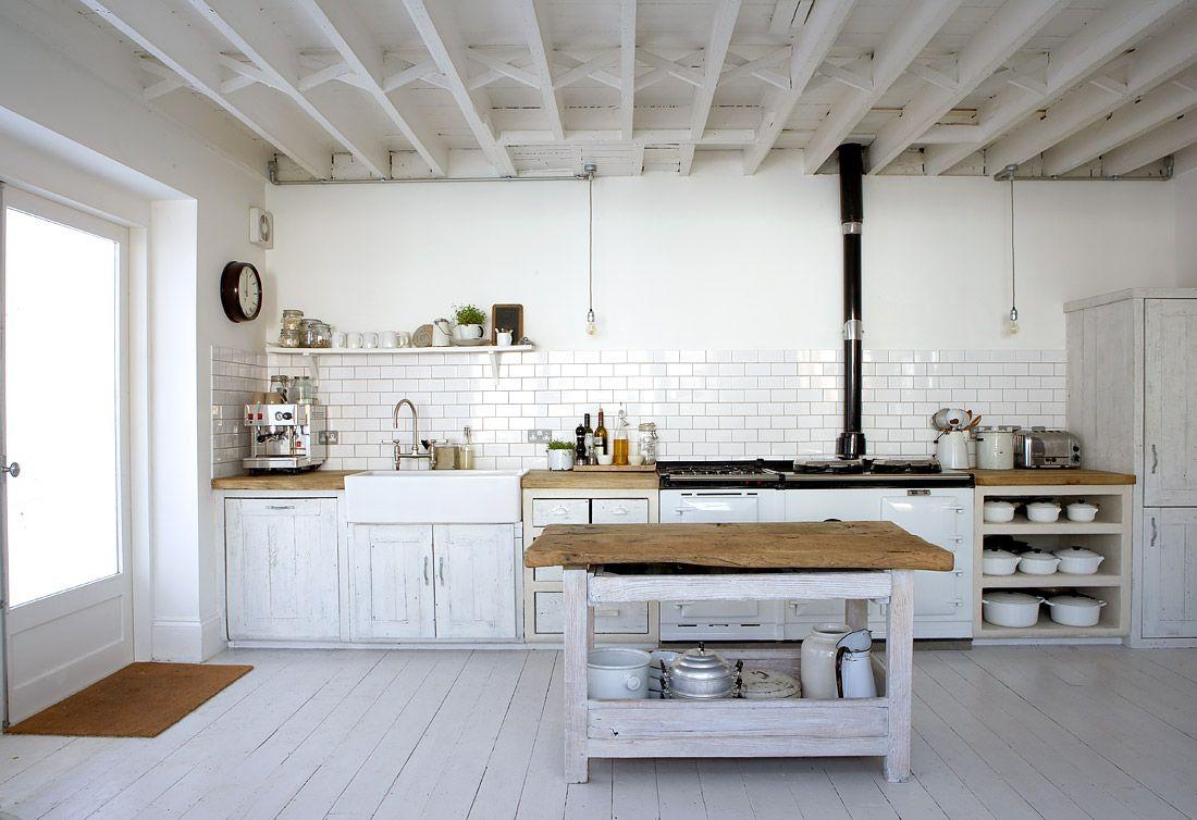 rustic kitchens | White Rustic Kitchen | Panda\'s House | Kitchen ...