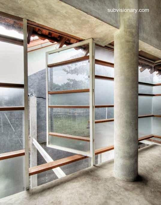 Paredes exteriores y ventanas con paneles transparentes y - Paneles para paredes exteriores ...