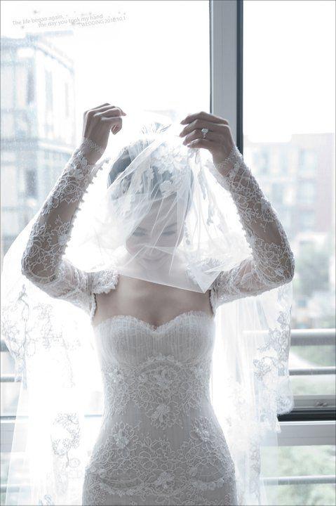 Zwillinger wedding gown