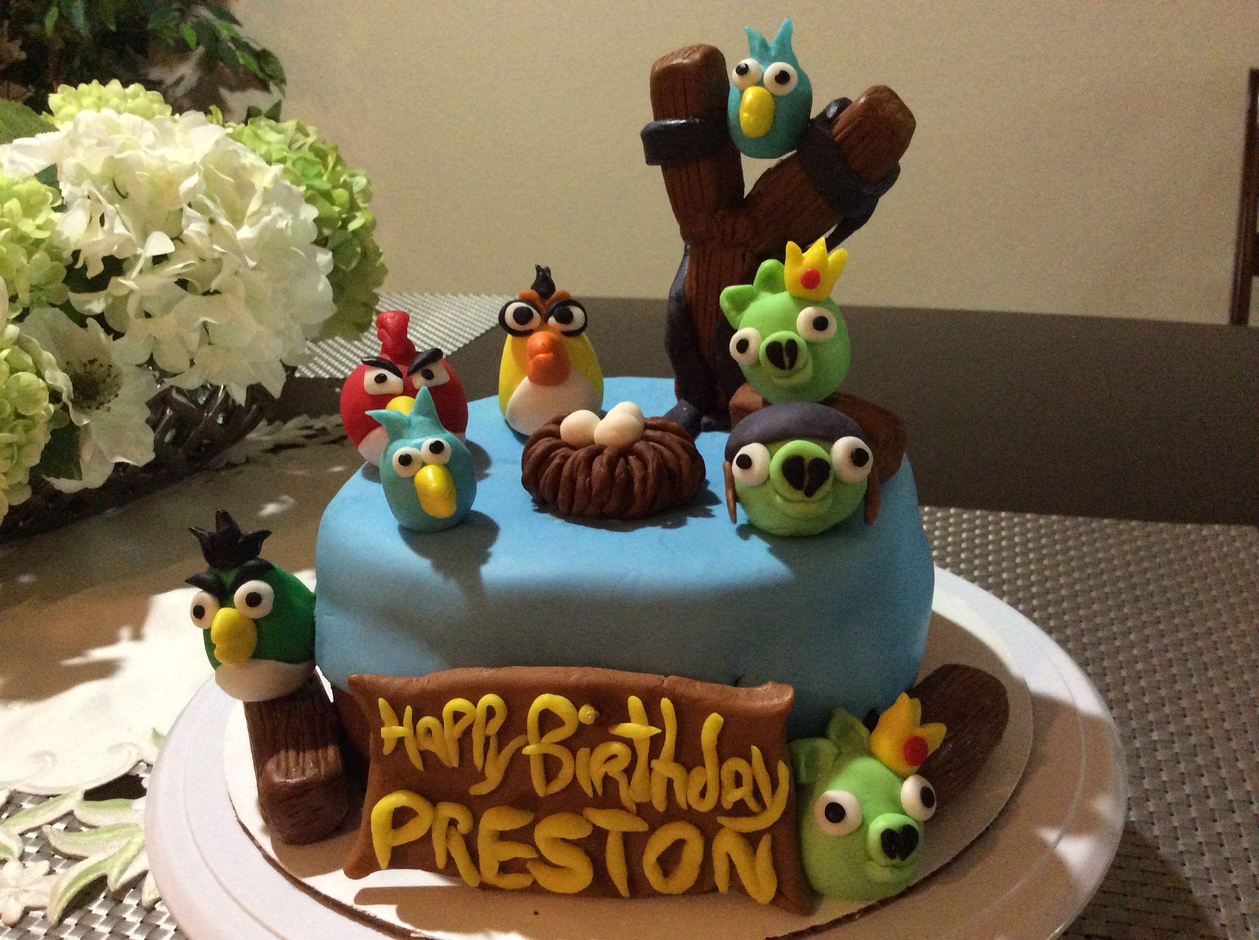 Angry bird desserts cake birthday cake