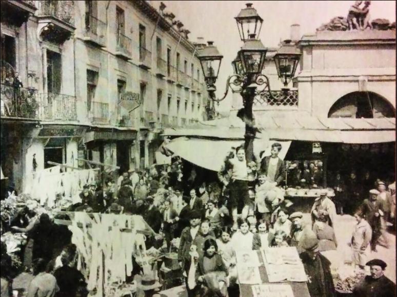 Mercado callejero en 1931