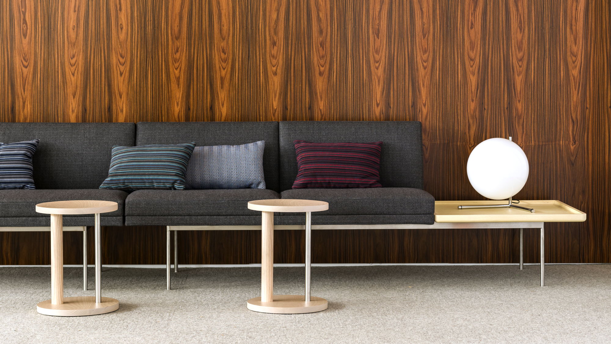 Tuxedo Component Lounge By Geiger Furniture Mobler Furniture