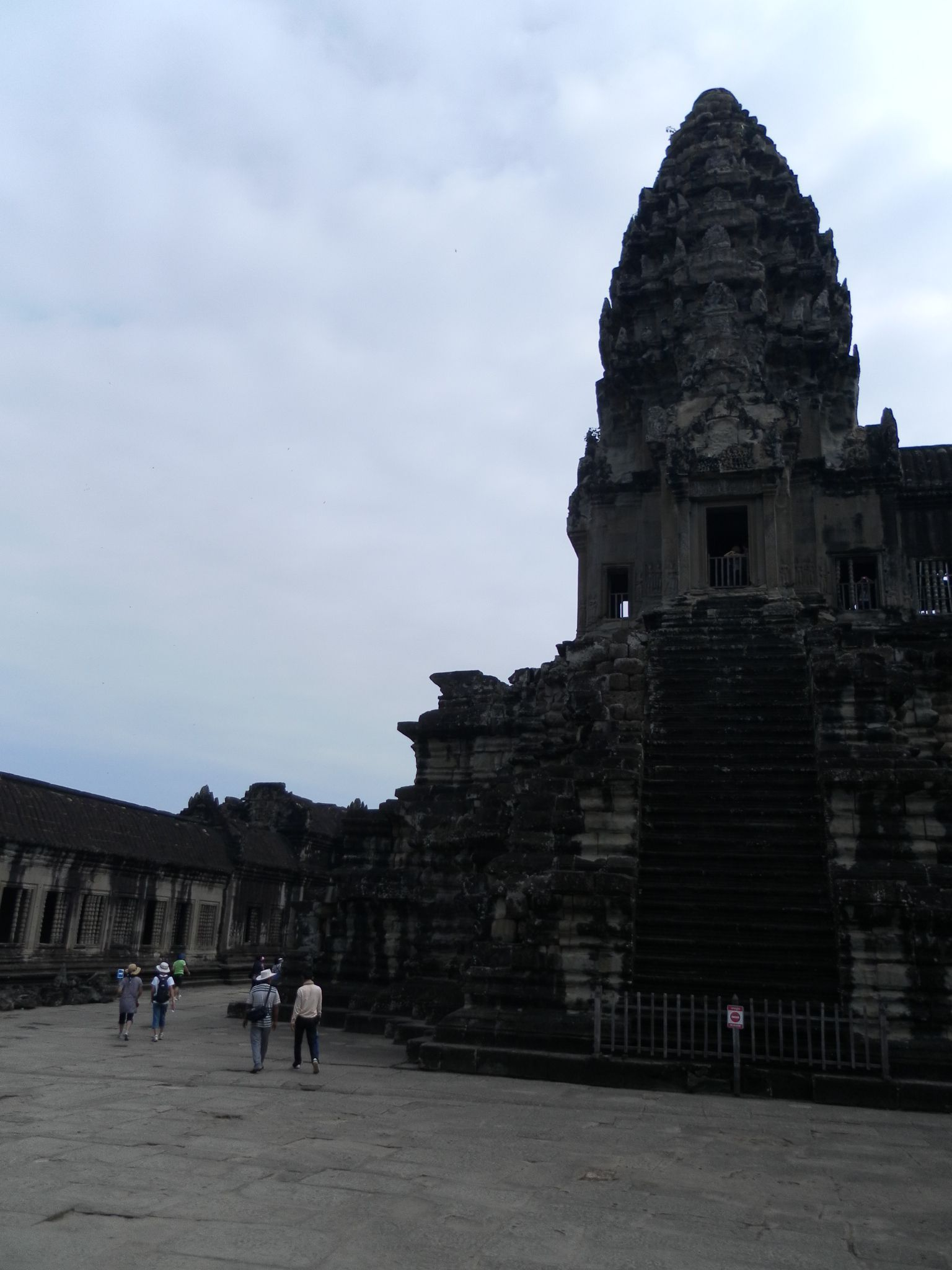 Where onlyking could enter. Angkor Wat central tower of 65 meters. It symbolizes the celestial palace living god Vishnu.  Before going up to the third floor, you need to a deep breath. Beca...