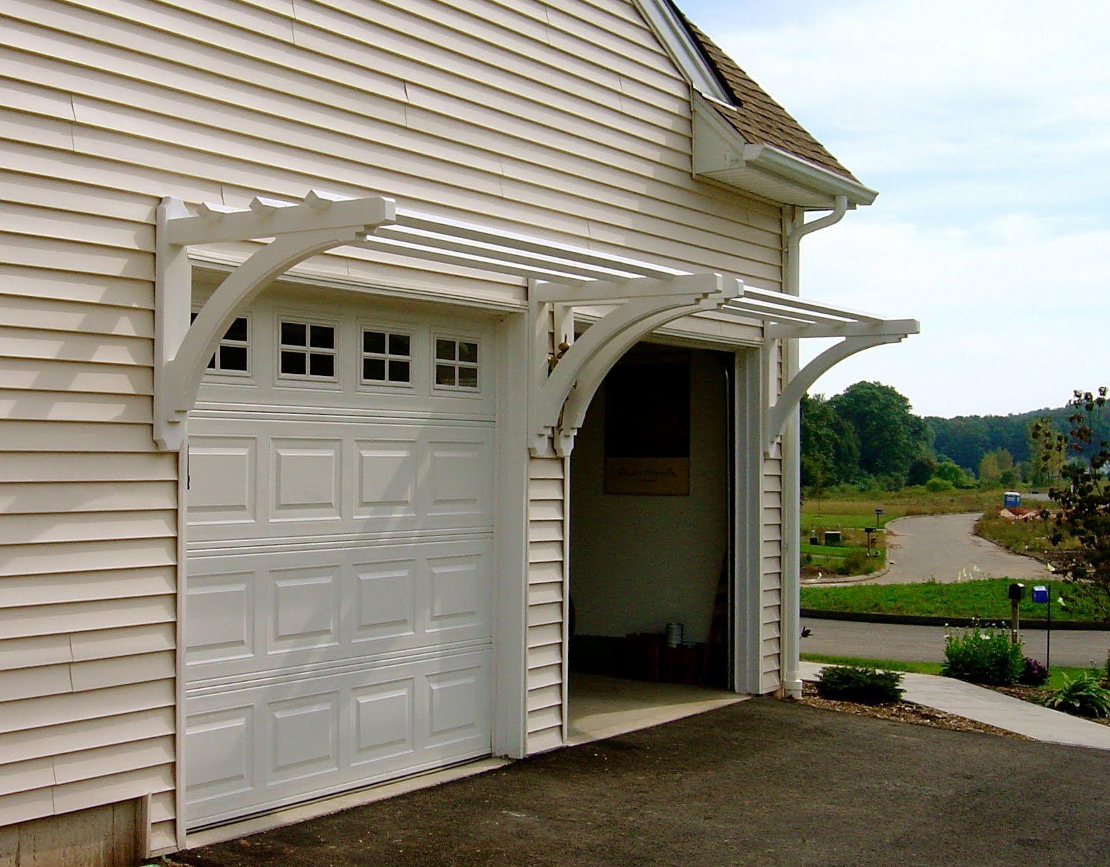 Wood Trellis Over Garage Door In 2020 With Images Door Pergola Garage Trellis Garage Door Trellis