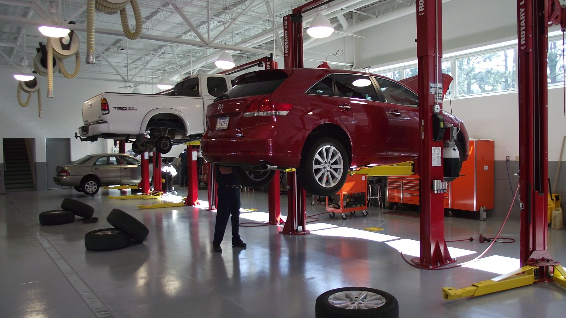 5 Tips for Choosing the Right | Car repair service, Auto ...
