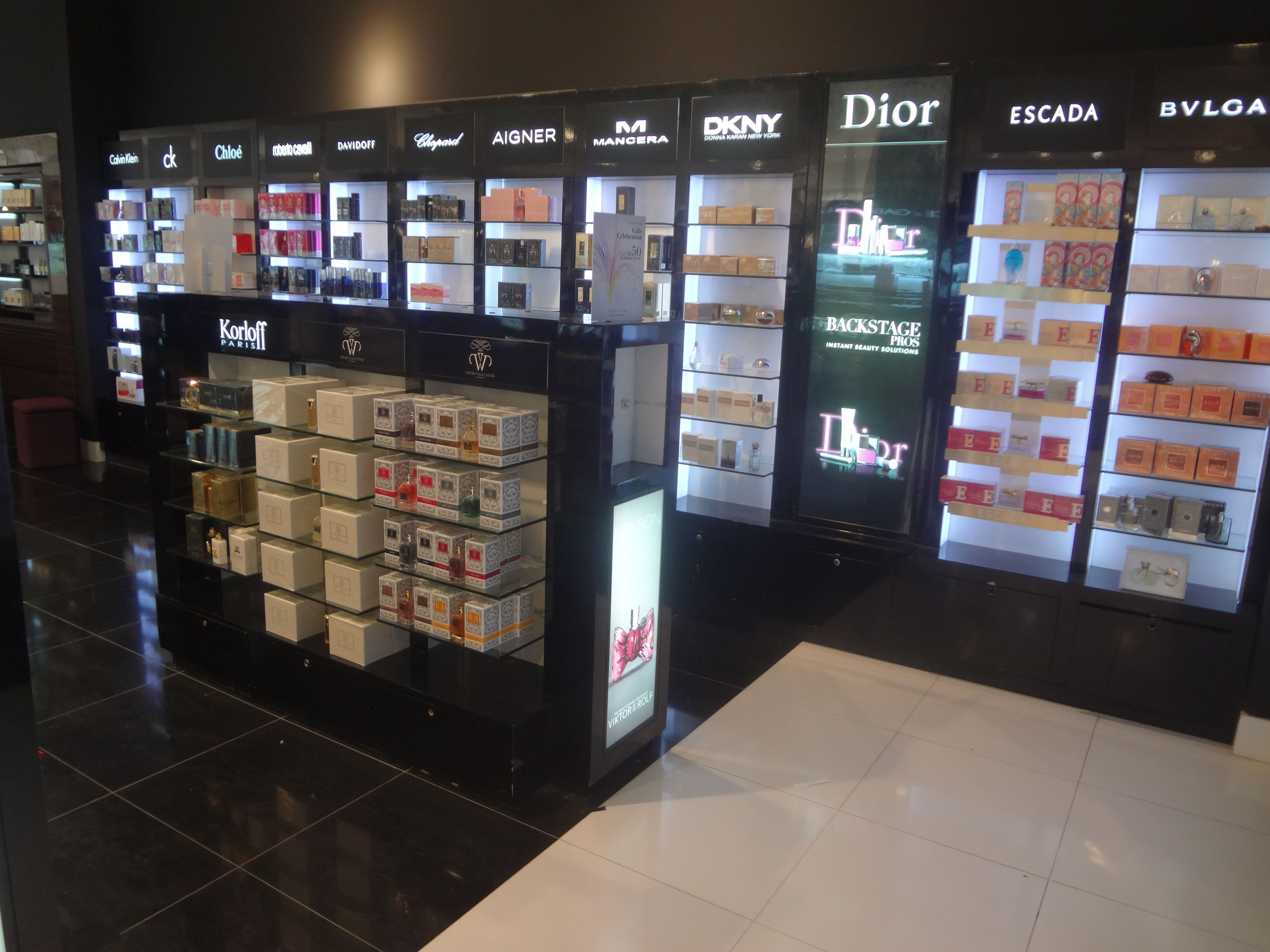 Western Valley brand available in Debenhams Granada Mall in Riyadh