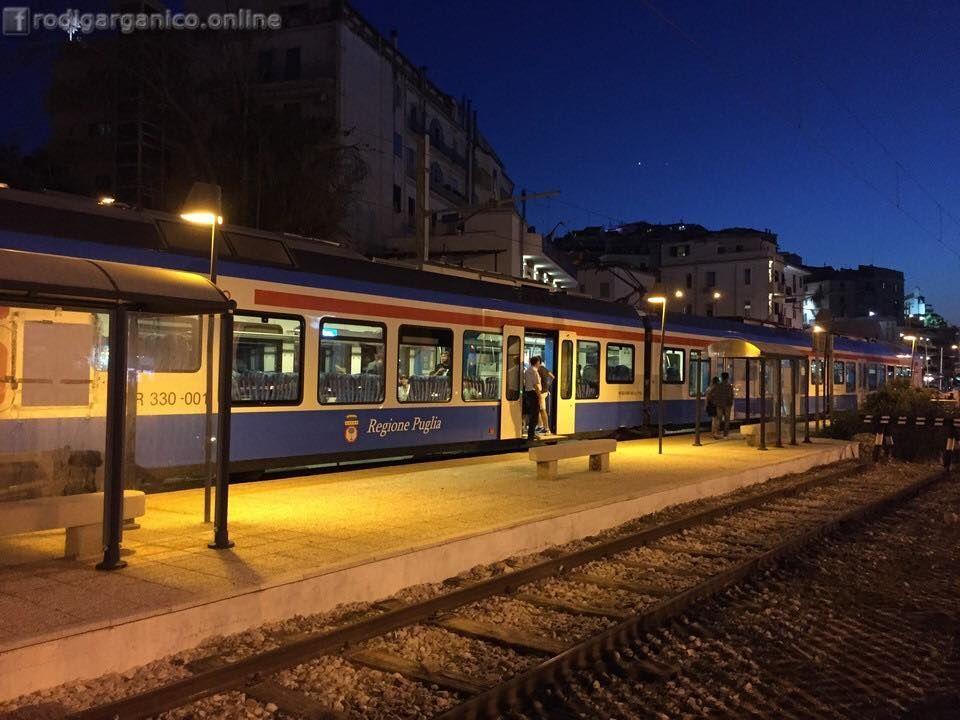 Treni della notte: tutti in carrozza, si parte per il Gargano! - http://blog.rodigarganico.info/2016/gargano/treni-della-notte-tutti-carrozza-si-parte-gargano/