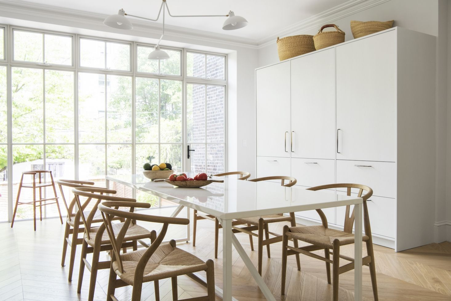 A Warm Minimalist Duplex In Brooklynarchitect Elizabeth Simple Combined Kitchen And Dining Room Decorating Inspiration