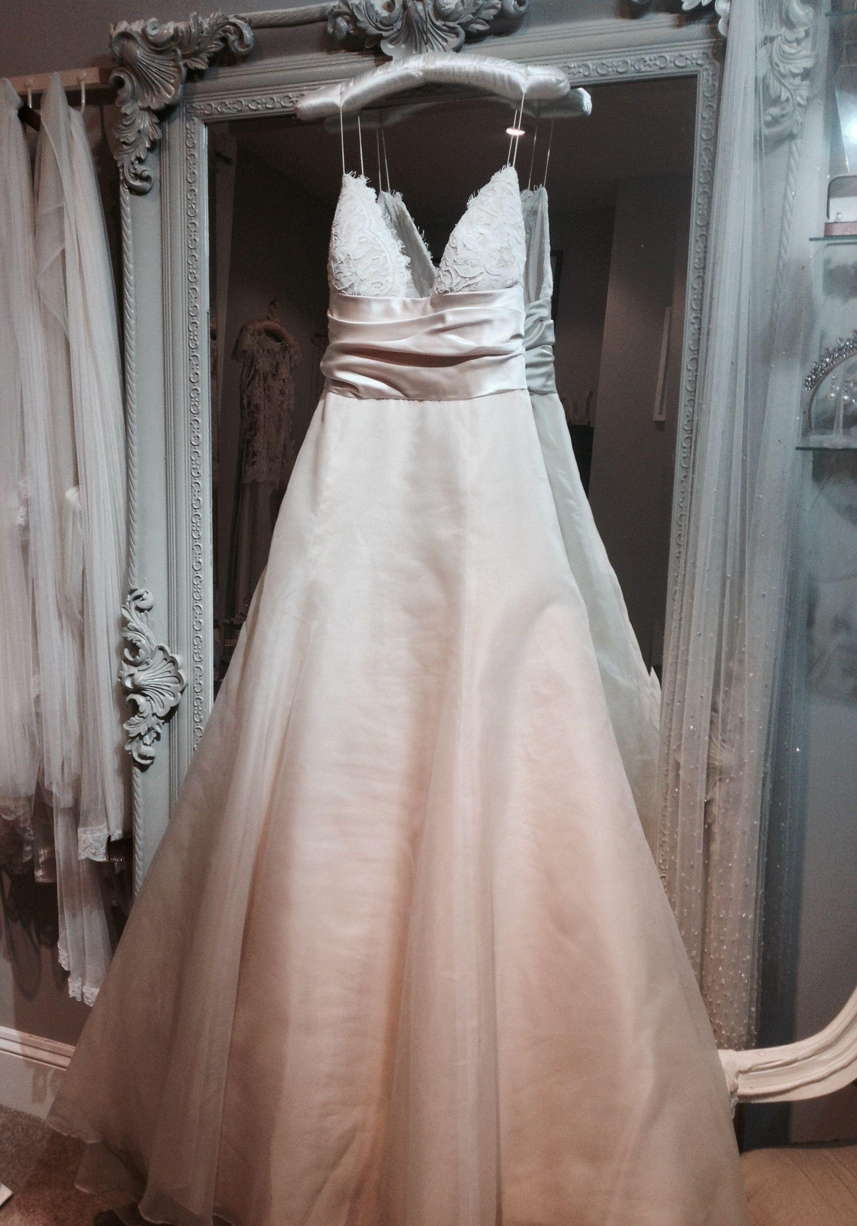 Amsale designer wedding dress at Gillian Million. Size 8. Pure silk ...